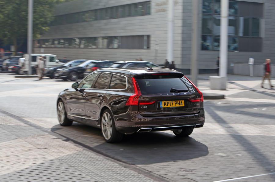 Volvo V90 rear quarter