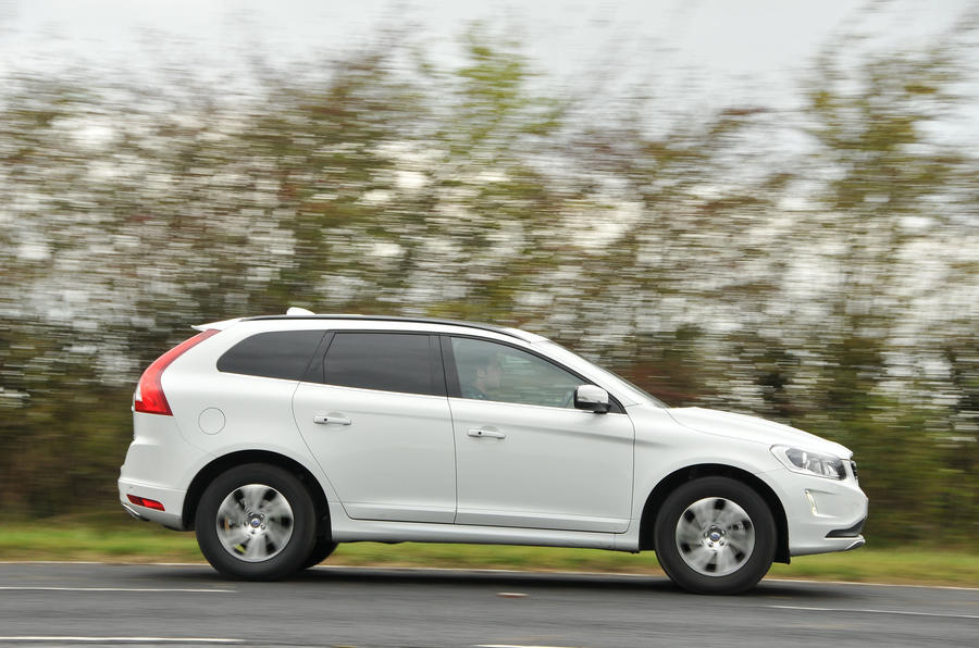Volvo XC60 D4 side profile