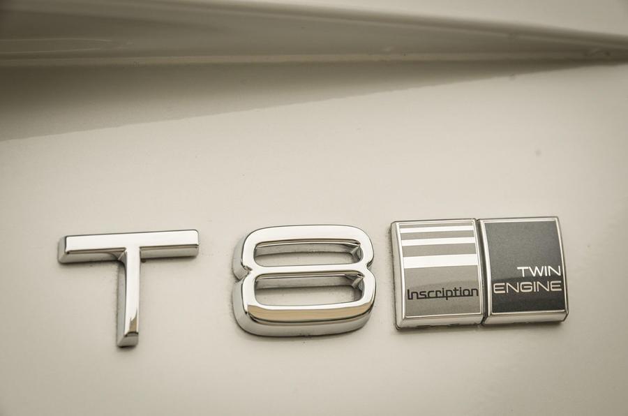 Volvo XC90 T8 badging