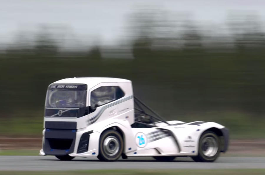Volvo Truck breaks two land speed records   Autocar