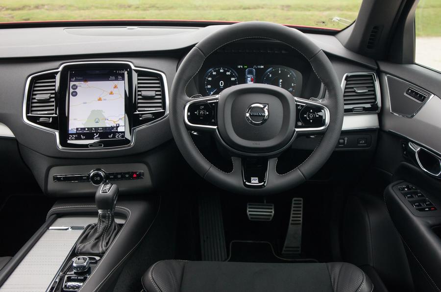 Volvo XC90 R-Design interior