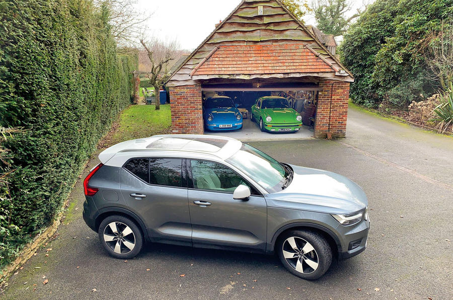 Volvo XC40 long term review - driveway
