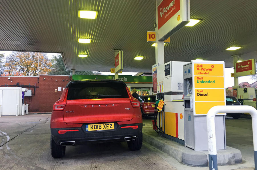 Volvo XC40 long term review - filling up