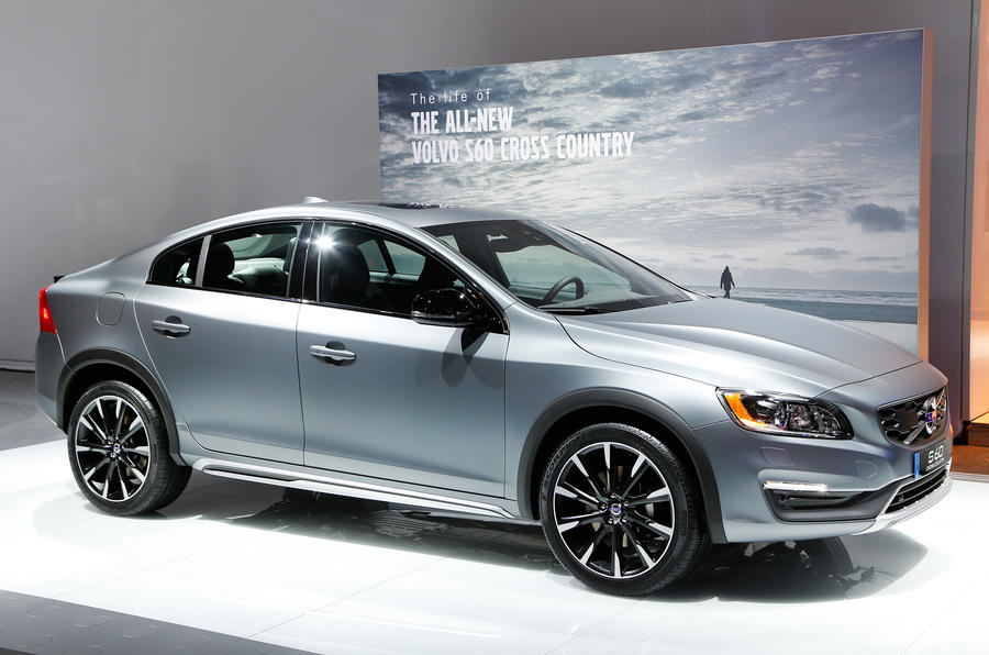 2015 volvo s60 cross country pictures engines on sale date autocar. Black Bedroom Furniture Sets. Home Design Ideas