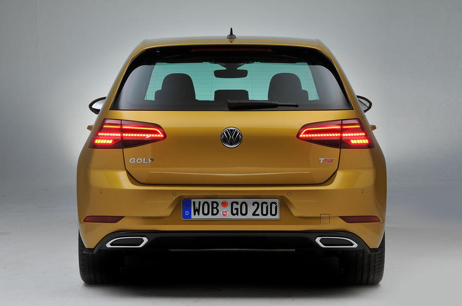 2017 volkswagen golf facelift revealed with new. Black Bedroom Furniture Sets. Home Design Ideas
