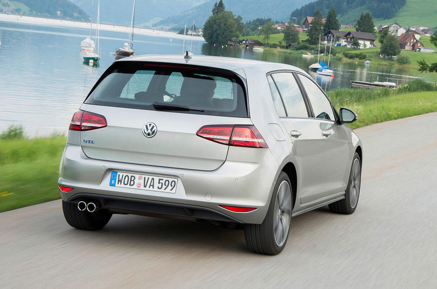 Volkswagen Golf GTE rear