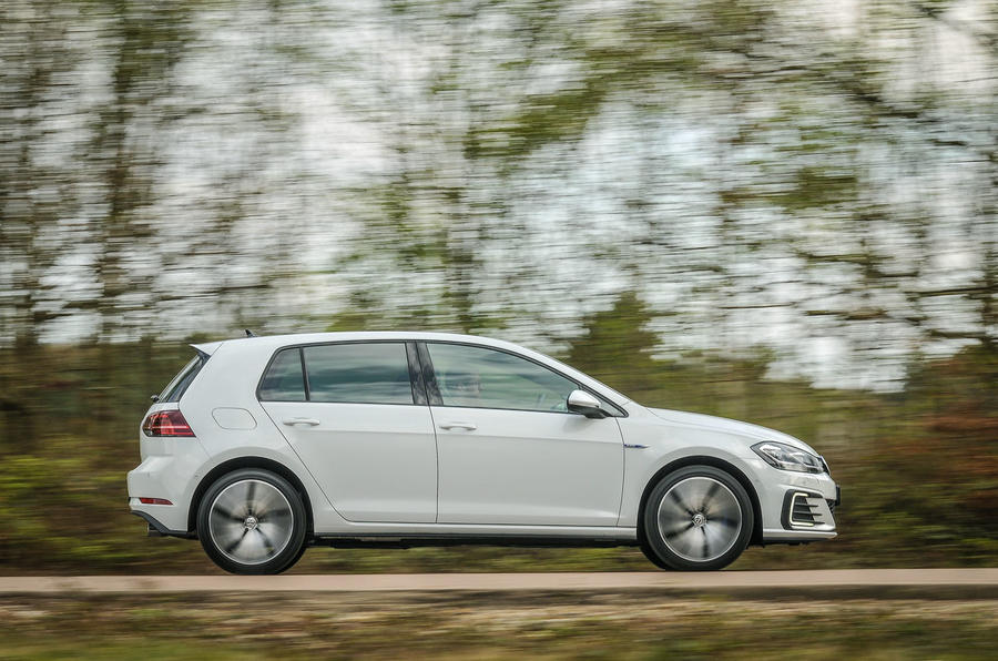 Volkswagen Golf GTE side profile