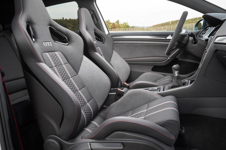 Volkswagen Golf GTI Clubsport S sport seats