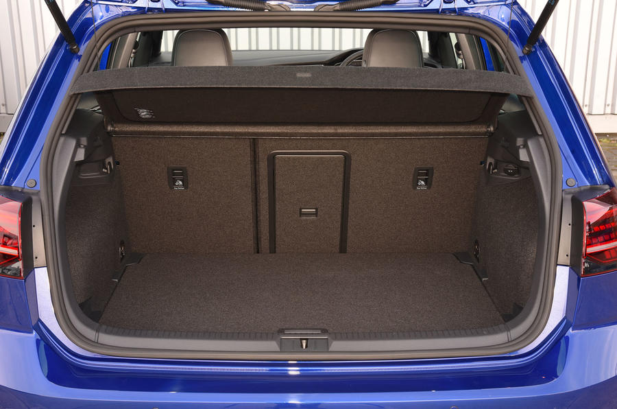 Volkswagen Golf R boot space