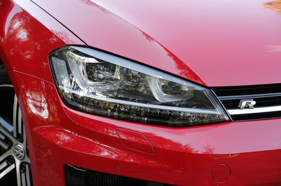 Volkswagen Golf LED headlights