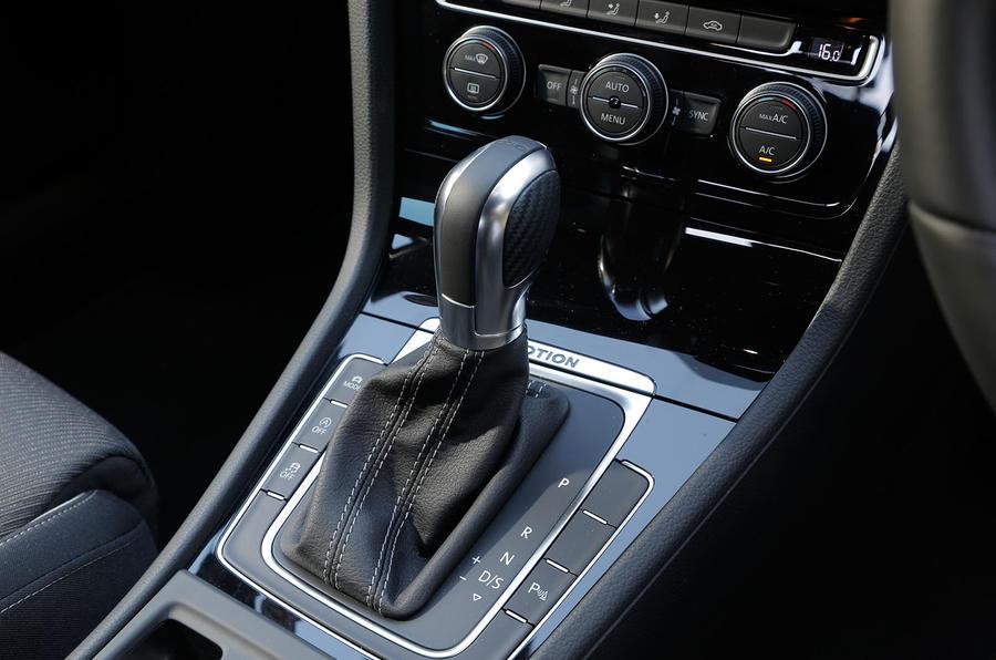 Volkswagen Golf R DSG gearbox