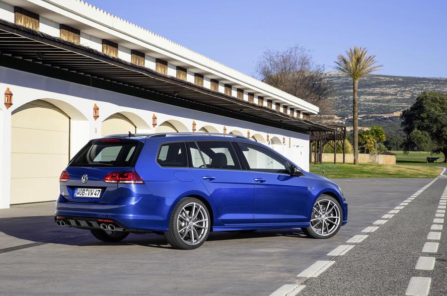 Vw Golf R Estate Review >> 2015 Volkswagen Golf R Estate review review | Autocar