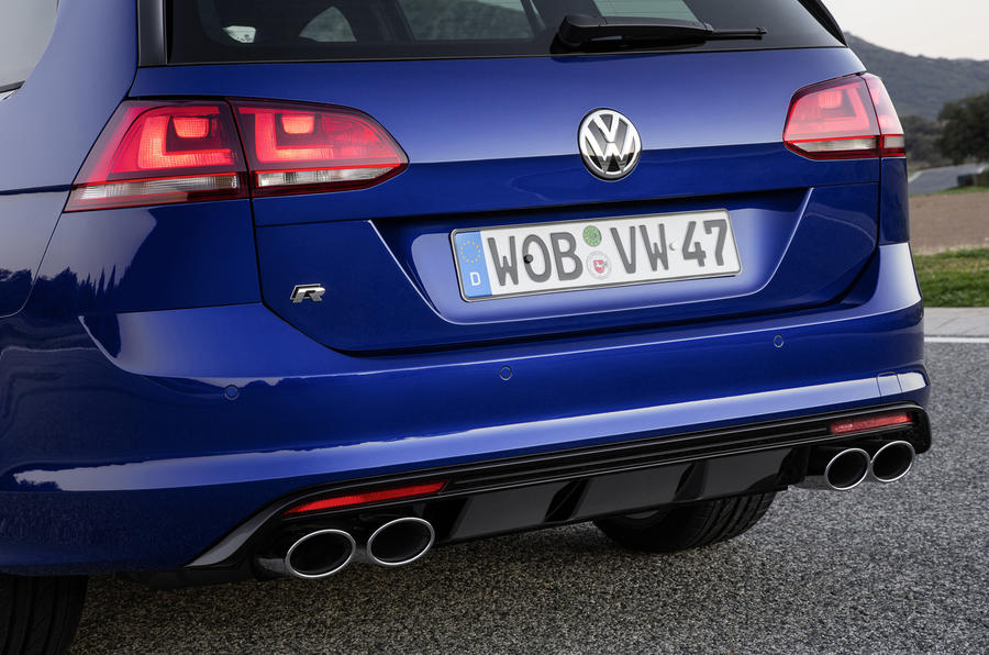 2015 volkswagen golf r estate review autocar. Black Bedroom Furniture Sets. Home Design Ideas