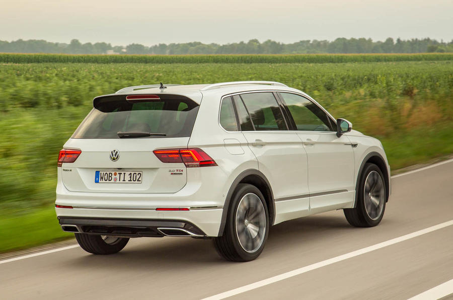2016 Volkswagen Tiguan 2.0 BiTDI 240 R-line 4Motion DSG review review ...
