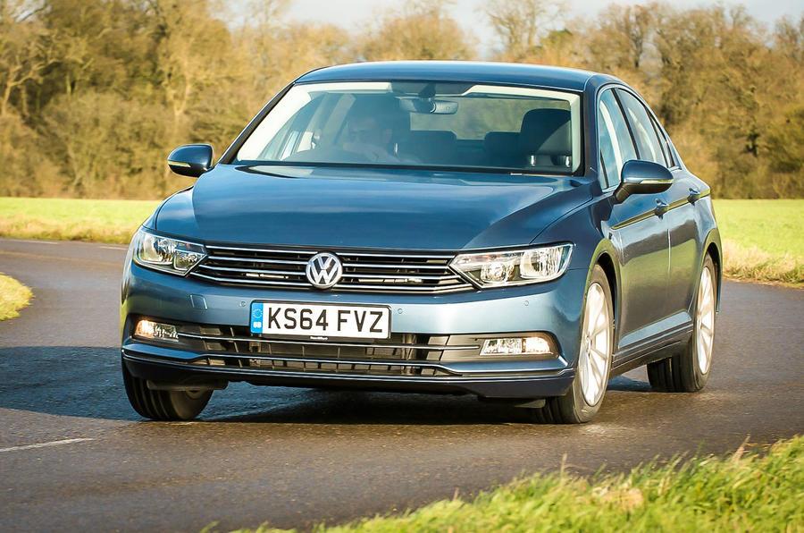 Volkswagen Passat cornering