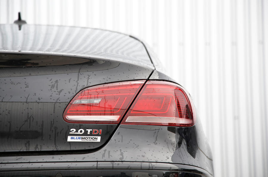 Volkswagen CC Black Edition tailight