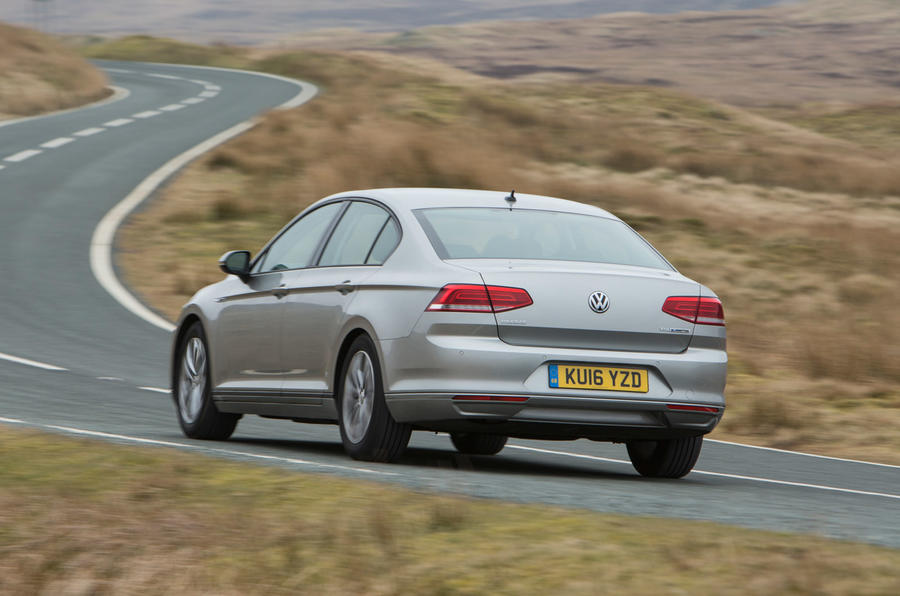 2016 Volkswagen Passat 1 6 Tdi Bluemotion Review Review