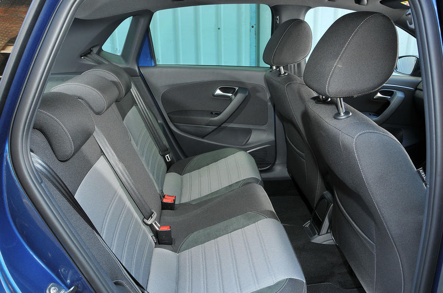 Volkswagen Polo R-Line rear seats
