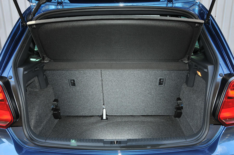 Volkswagen Polo R-Line boot space