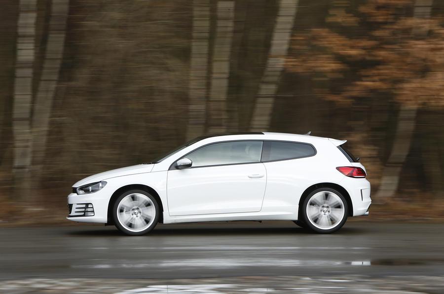 £28,195 Volkswagen Scirocco 2.0 TSI R-Line