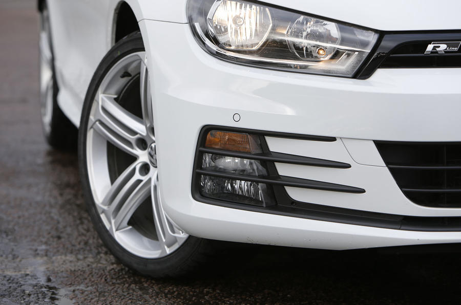 Volkswagen Scirocco R-Line front foglights