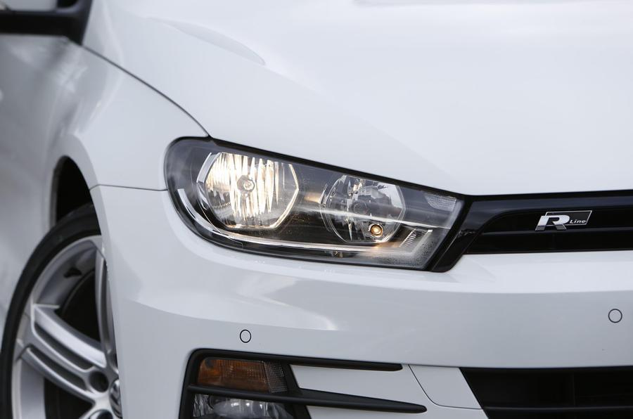 Volkswagen Scirocco xenon headlights