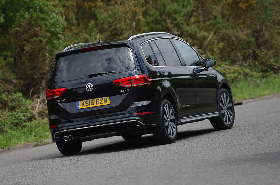 volkswagen touran 2 0 tdi r line review review autocar. Black Bedroom Furniture Sets. Home Design Ideas