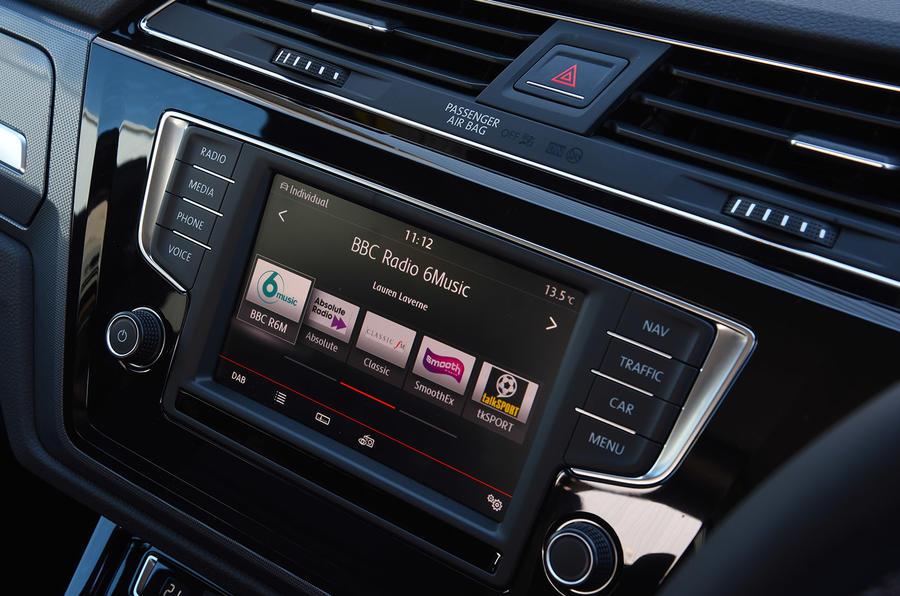 Volkswagen Touran infotainment
