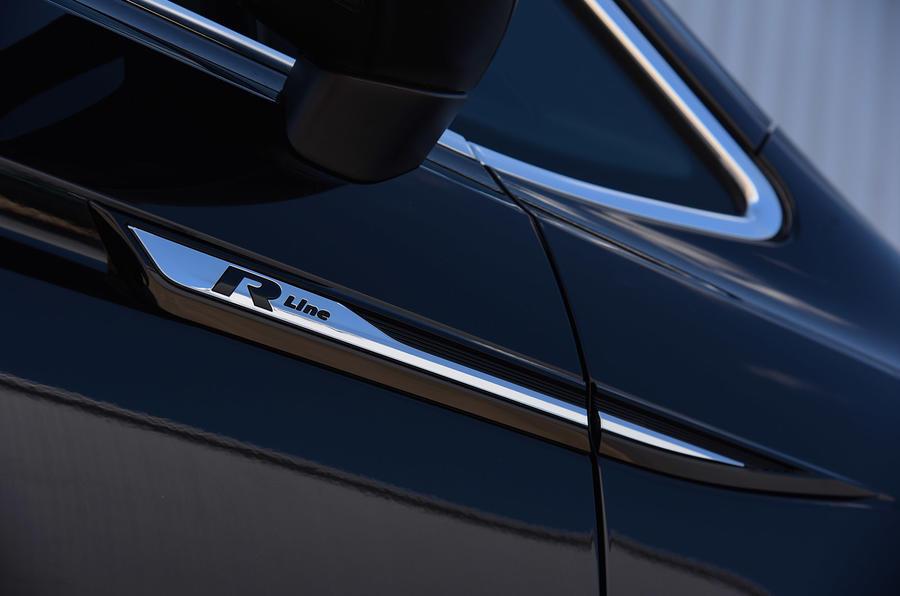 Volkswagen touran 2 0 tdi r line review review autocar - Volkswagen Touran 2 0 Tdi R Line Review Review Autocar
