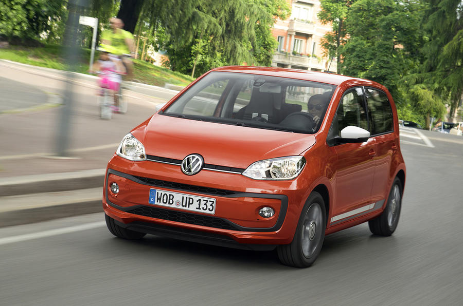 Volkswagen Up 1.0 TSI cornering