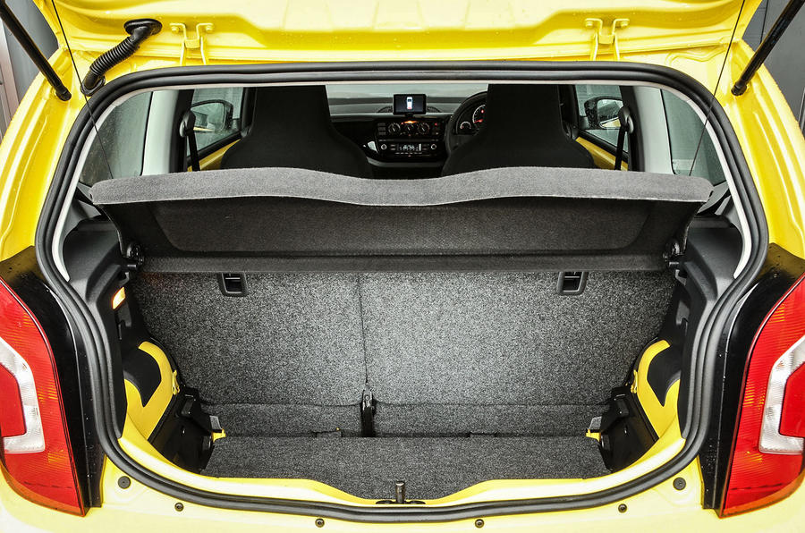 2016 Volkswagen Look Up boot space