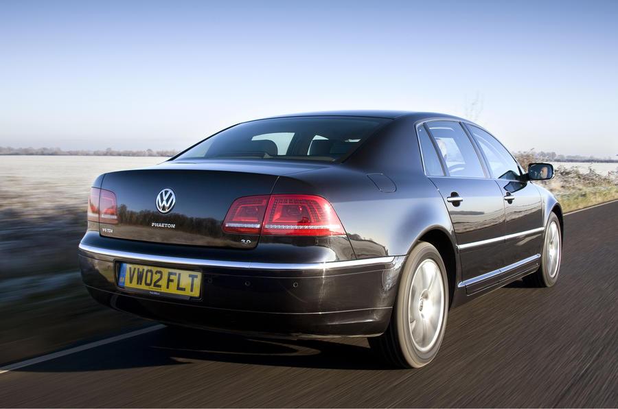 Volkswagen Phaeton rear