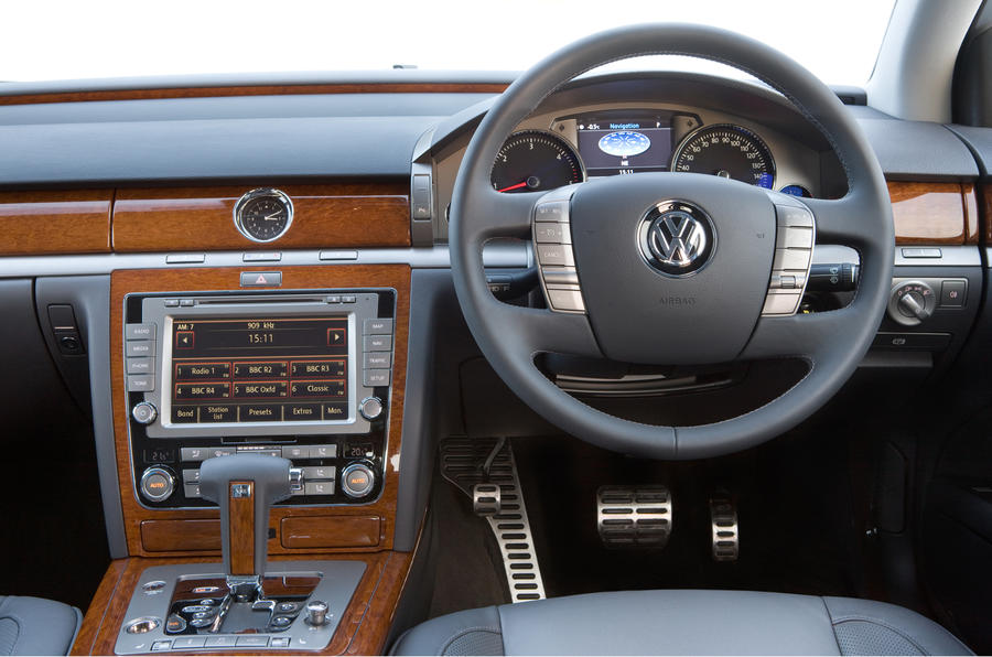 Volkswagen Phaeton 3.0 V6 TDI review | Autocar