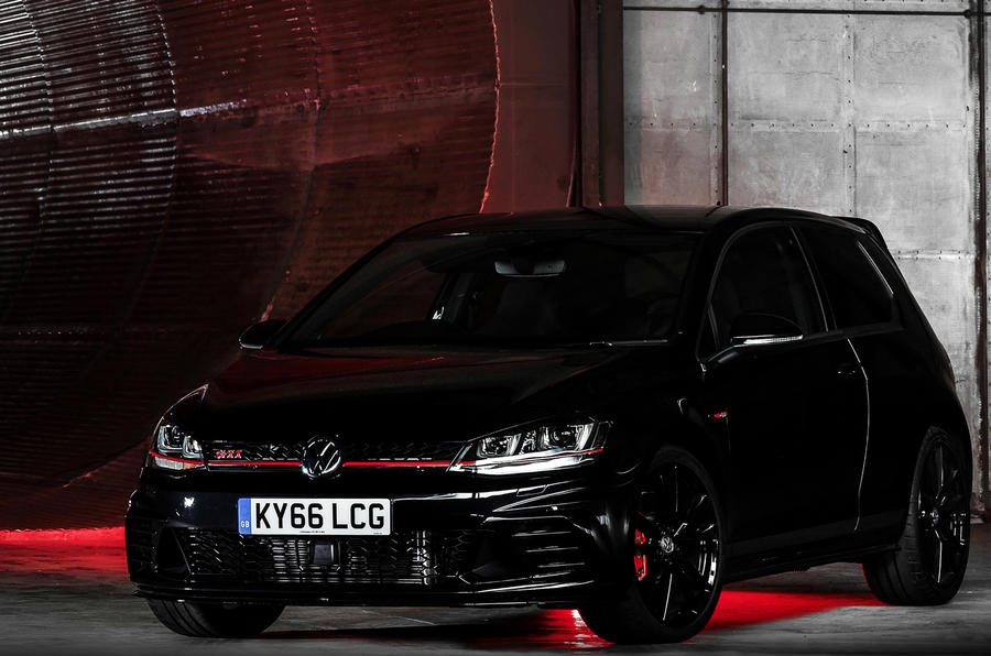 Volkswagen Golf GTI Clubsport S smashes own Nurburgring record
