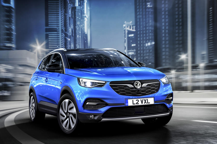 vauxhall grandland x seat ateca rival on sale priced. Black Bedroom Furniture Sets. Home Design Ideas