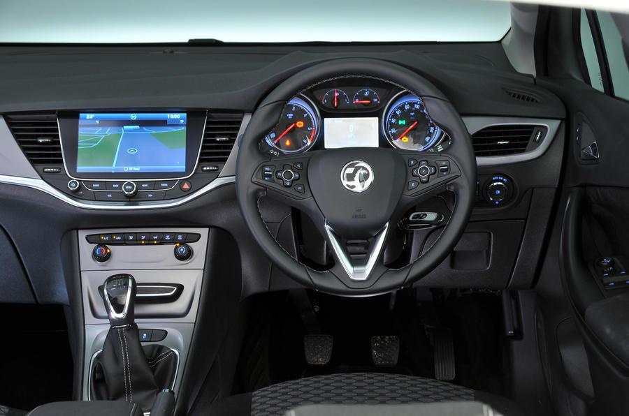 Vauxhall Astra 1 6 Cdti Ecoflex 110 Tech Line Review