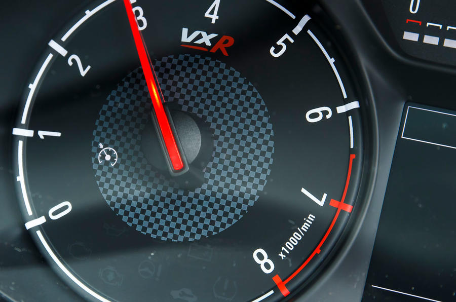 Vauxhall Corsa VXR rev counter