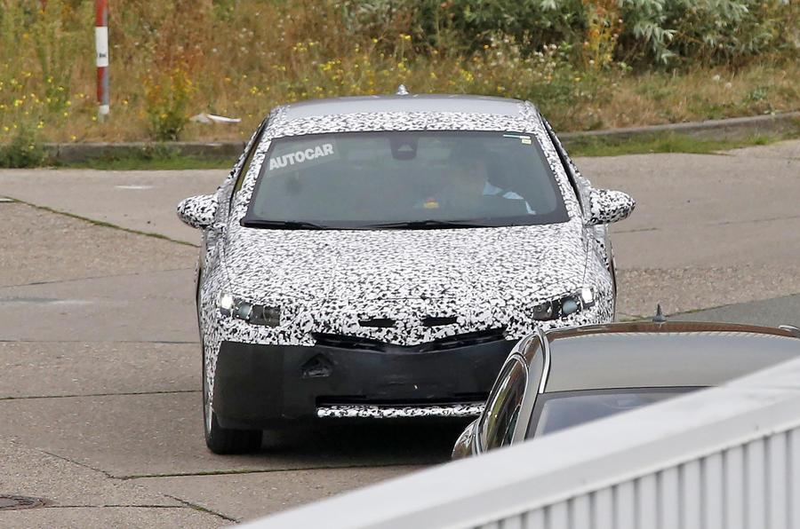 Vauxhall Insignia spy shots