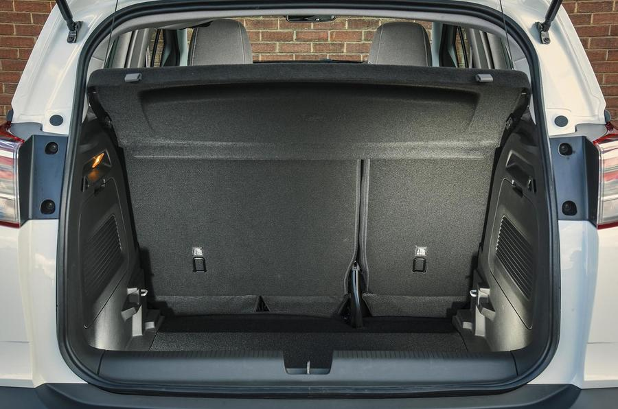 Vauxhall Crossland X boot space