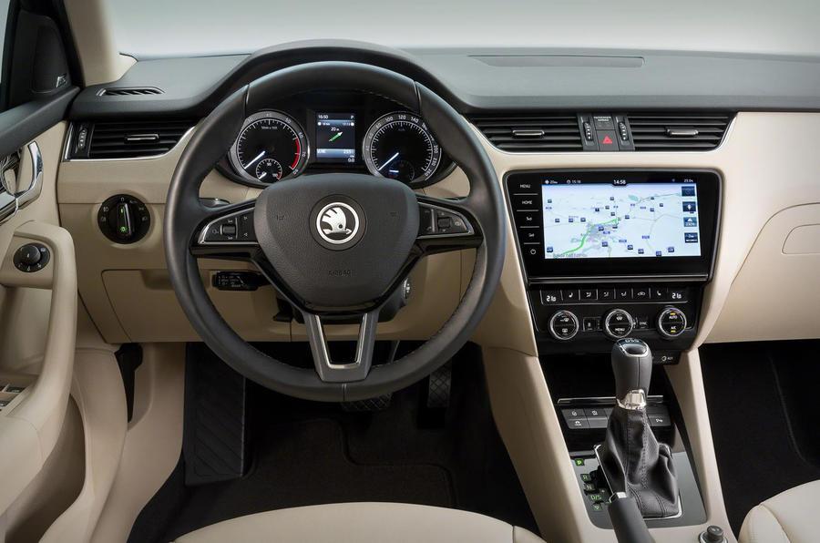 2017 Skoda Octavia facelift revealed