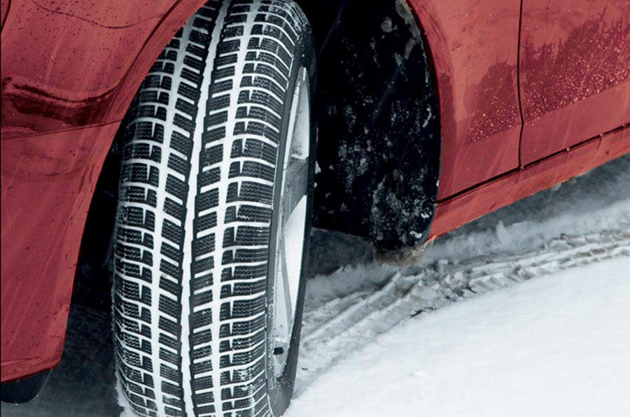 What the Best Side by Side Tires Are for Snow