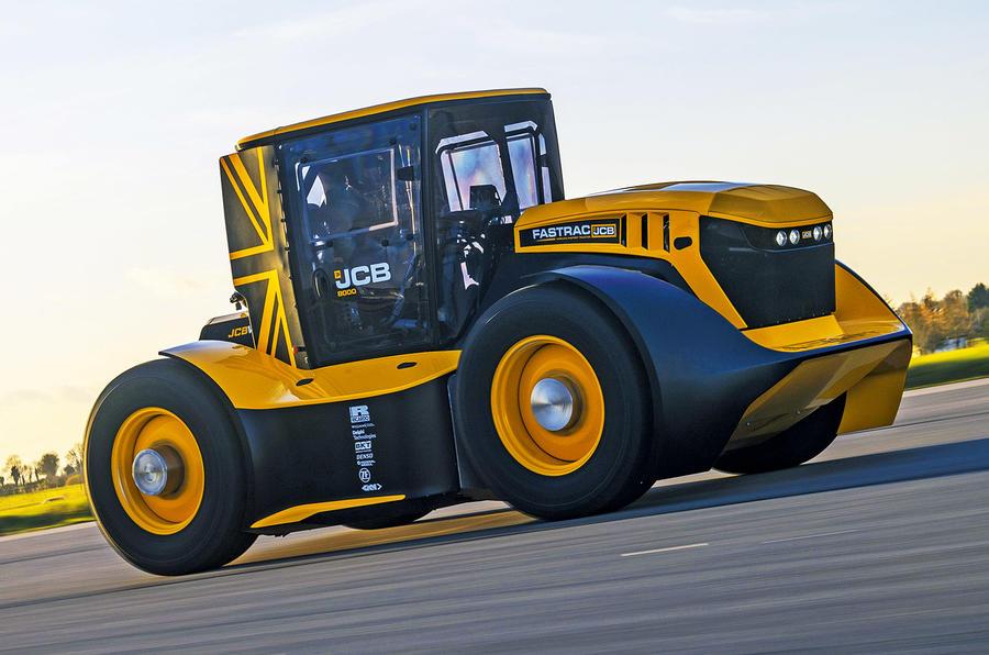 worlds_fastest_tractor_-_lead.jpg?itok=3