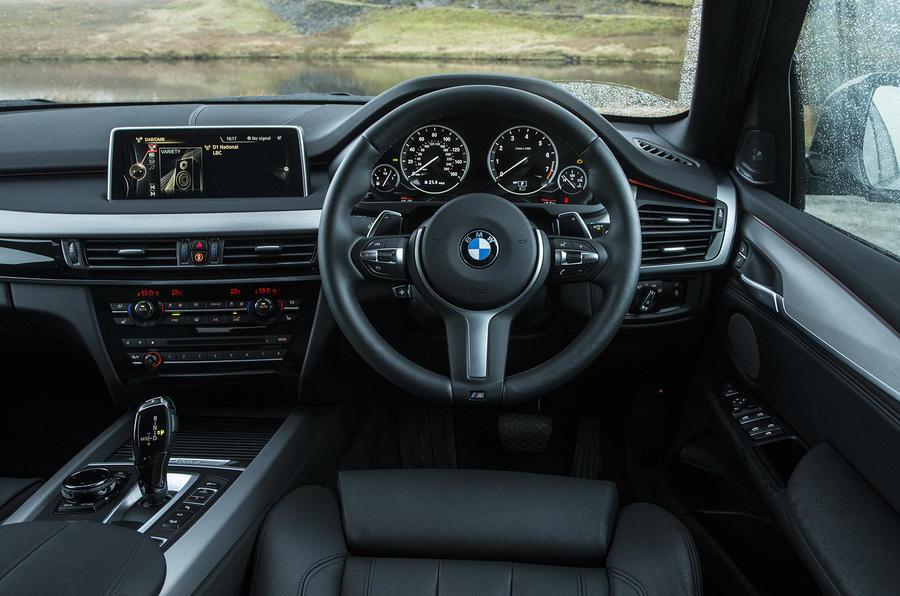 BMW X5 xDrive40e dashboard