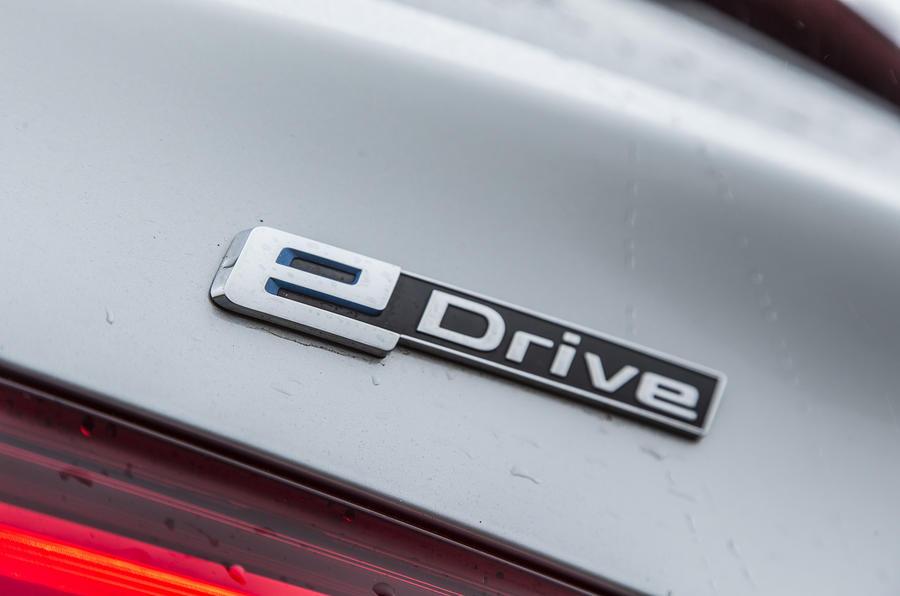 BMW e-drive badging