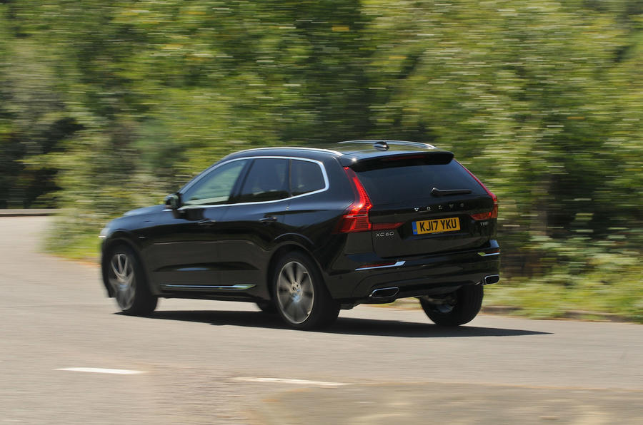 Excellent Volvo XC60 T8 Rear Cornering