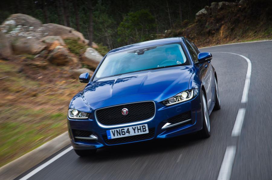 £33,025 Jaguar XE R-Sport
