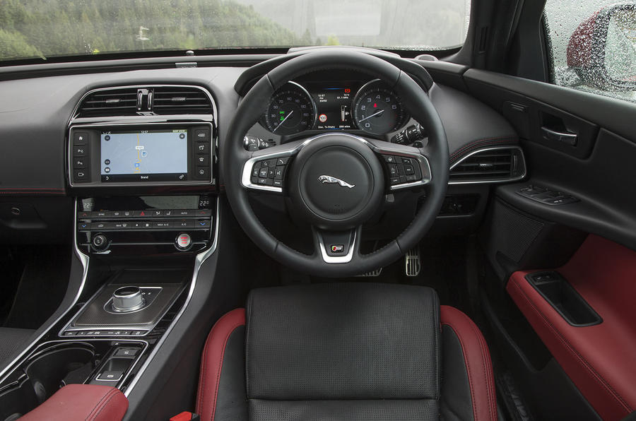 Jaguar XE S dashboard