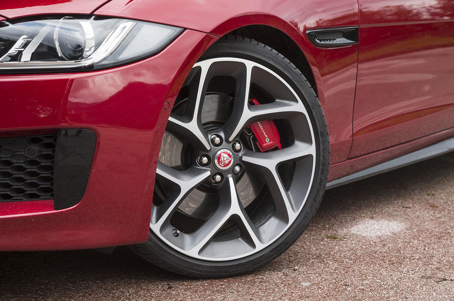 20in Jaguar XE S alloy wheels