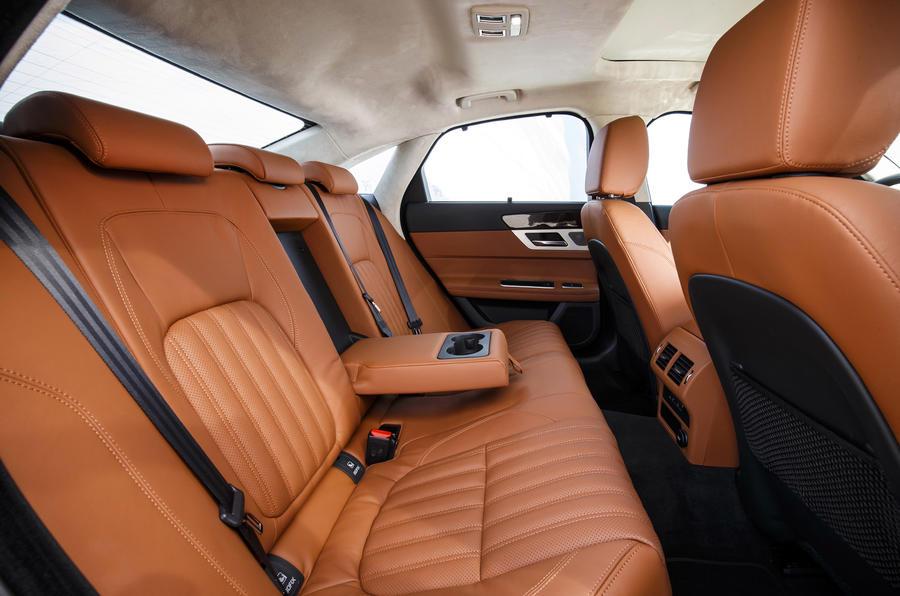 Jaguar XF S rear seats
