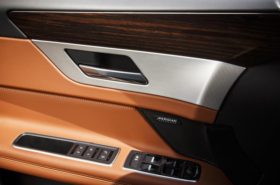 Jaguar XF S door card